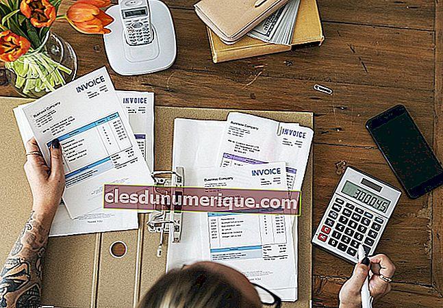 Étape d'enregistrement dans le cycle comptable de la société de services