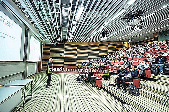 Les conférences sont un moyen de fournir des informations que les gens aiment le monde